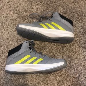 ADIDAS Like New Boys Grey Sneakers